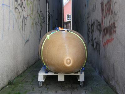 Apothekergässle, Epoxy, 220x80x70cm, 2009